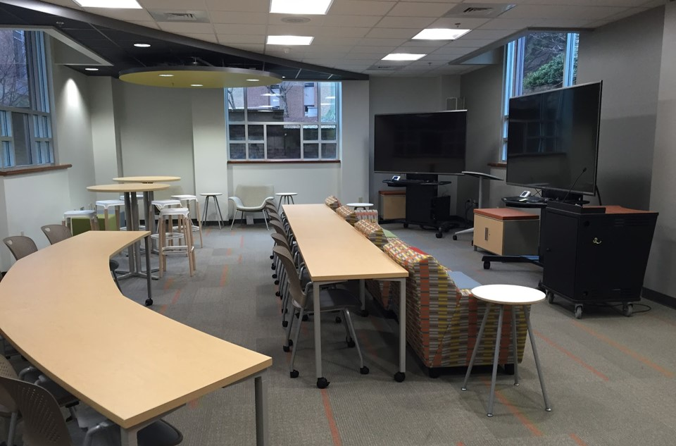 Cox Classroom - Swem Library